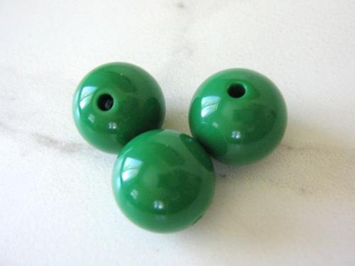 Green 20mm round acrylic beads