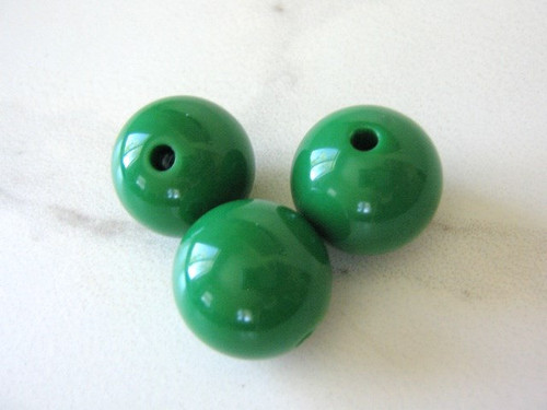 Green 20mm round acrylic beads