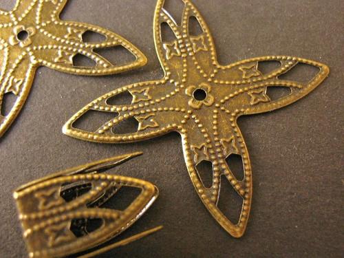 Filigree bead cap cone 10x16mm antique bronze