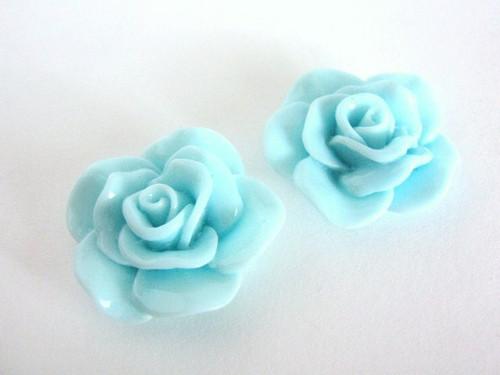 Blue 30mm flower cabochon