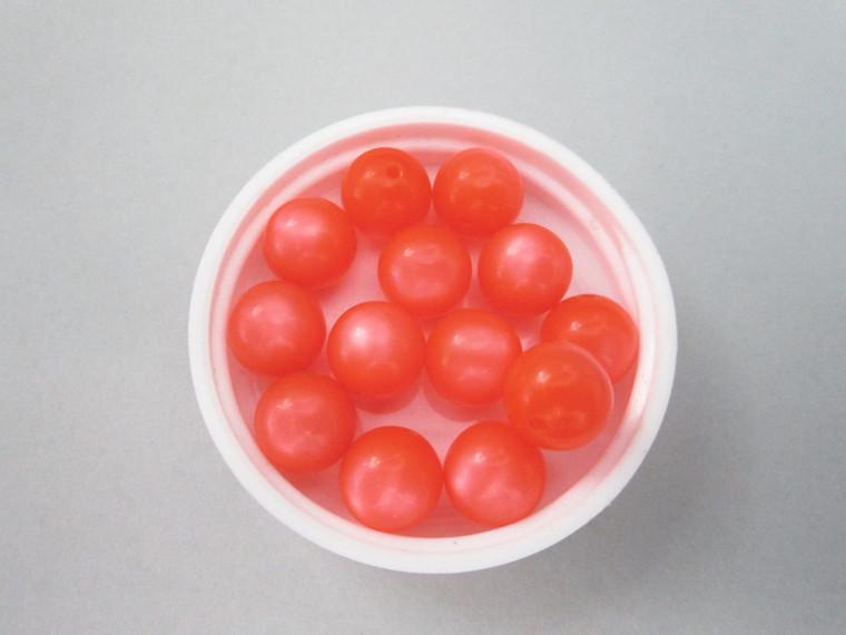 Orange moonglow 14mm round vintage lucite beads