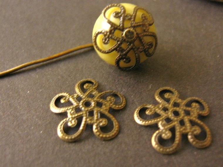 Antique bronze 13mm filigree bead cap