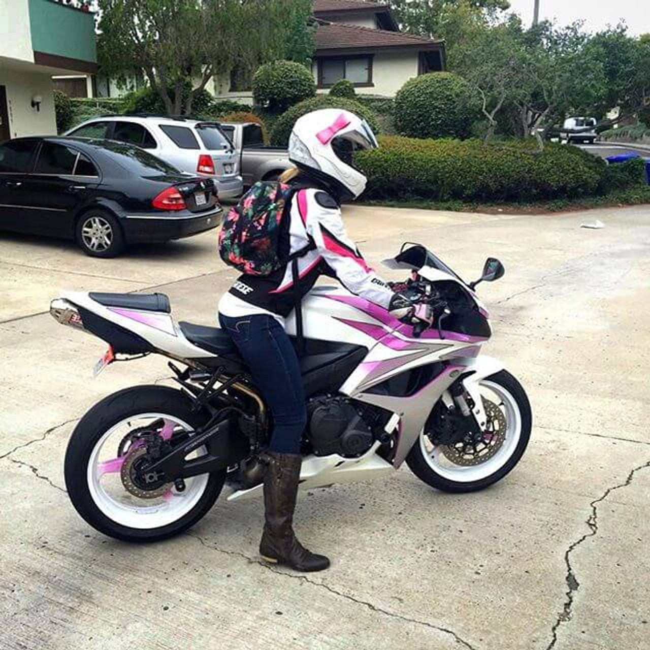 motorcycle pink helmet bow bows