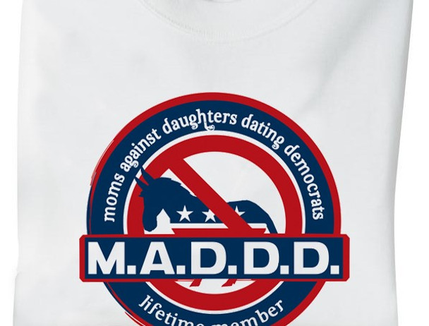 Moms Against Daughters Dating Democrats T-Shirt