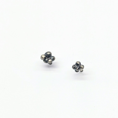 Ball Cluster Studs NM40