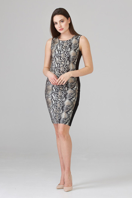 Sleeveless reptile pattern dress