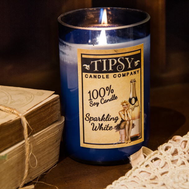 Sparkling White 14 ounce Soy candle.