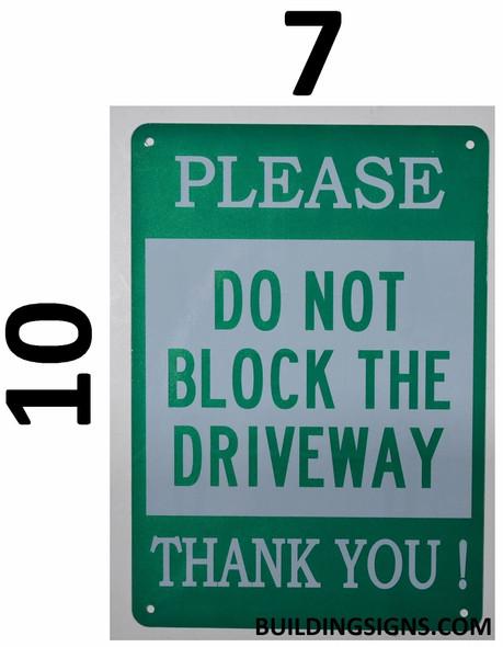 DO NOT Block Driveway  !,,Green