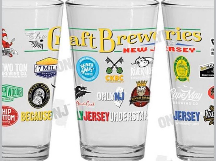 16 oz. High Quality printed Pint Glass featuring the Best Craft Breweries in Jersey! Bottoms up!