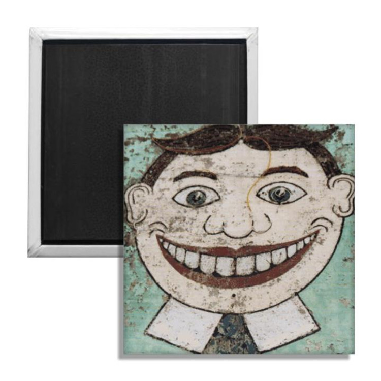 The smiling face of the Jersey shore's iconic patron, as he last stood on the side of Palace Amusements. A true visage of Jersey culture.   This fridge magnet is for indoor use and measures approximately 2 by 2 inches.
