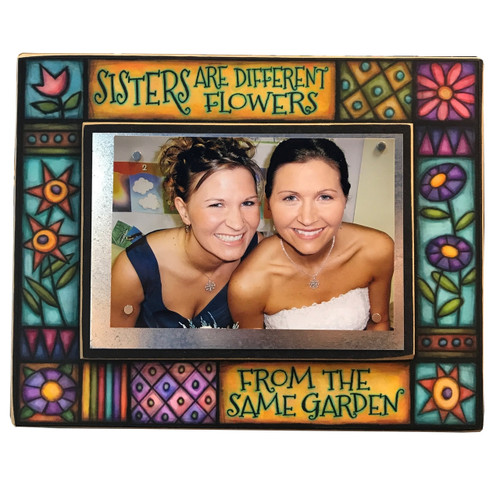 Wood Art Frame - Sisters are different flowers
