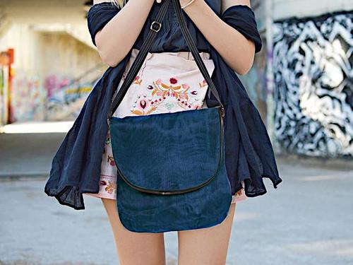 Smateria Courier Messenger Bag