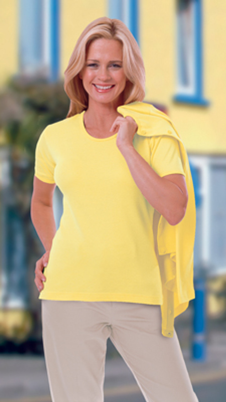 Classic short sleeved tee for women's uniforms