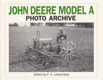 John Deere Model A: Photo Archive (9781882256129)
