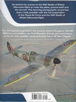 Battle Of Britain Memorial Flight in Camera (9780857333032) (