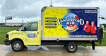 air-conditioning-box-truck-wrap-dickinson.jpg