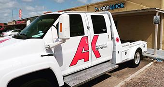 ak-wetworks-vinyl-lettering-for-truck-seabrook-texas.jpg