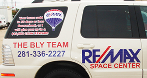 vinyl-lettering-remax-league-city-tx.jpg