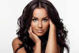 Why It Makes Sense To Buy Moringa Oil For Beautiful Skin & Hair