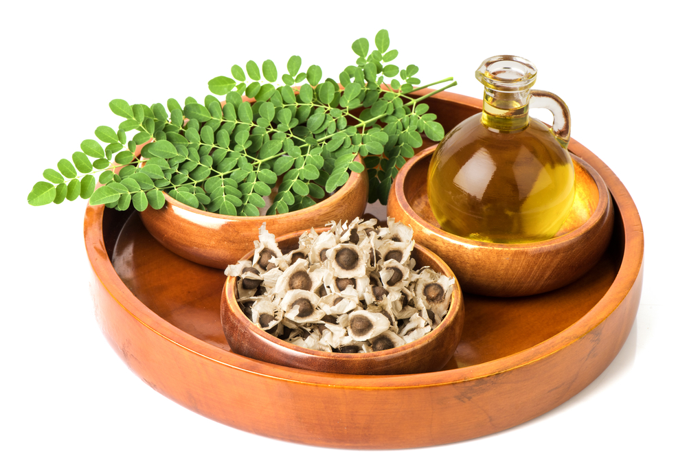 moringa-oil-leaves-seeds.jpg