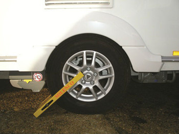 Milenco Compact  Wheel Clamp - Insurance Approved