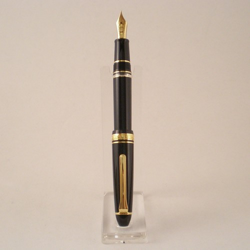 1911L Realo Fountain Pen