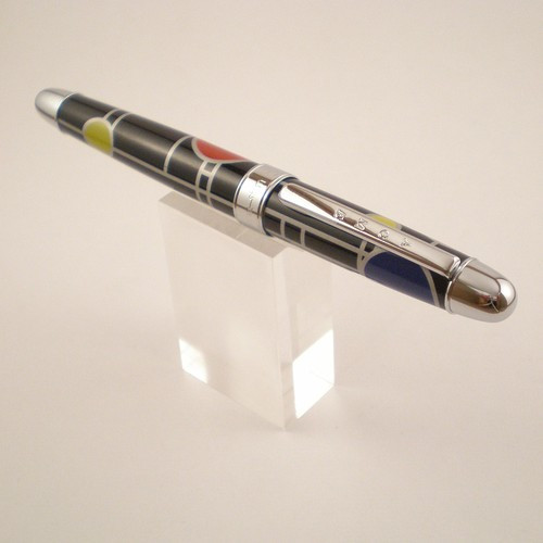 """Playhouse"" Rollerball"