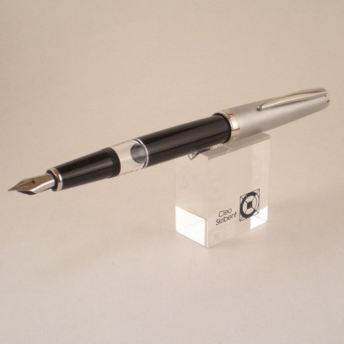 Classic Metal Piston Fountain Pen