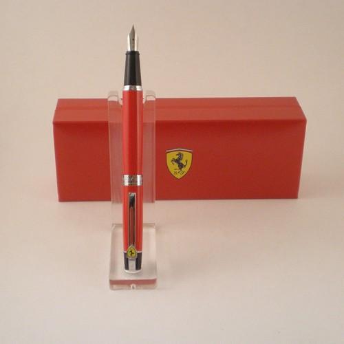 300 Fountain Pen