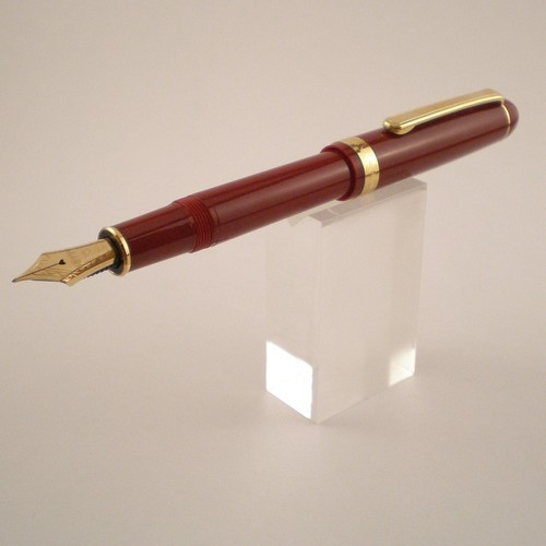 3776 Fountain Pen
