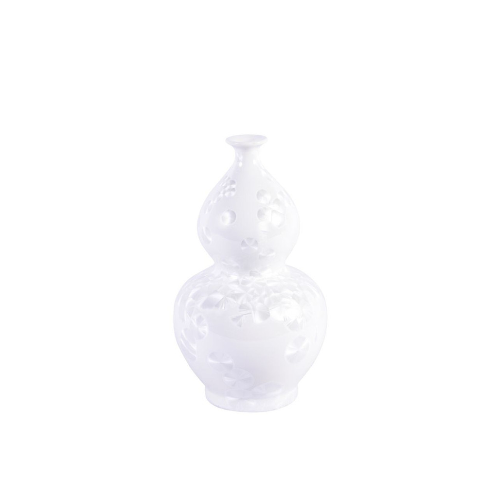 Chinoiserie White Crystal Shell Vases - Set of 3