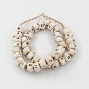 White Drum Eyes Kenya Cow Bone Beads Per String