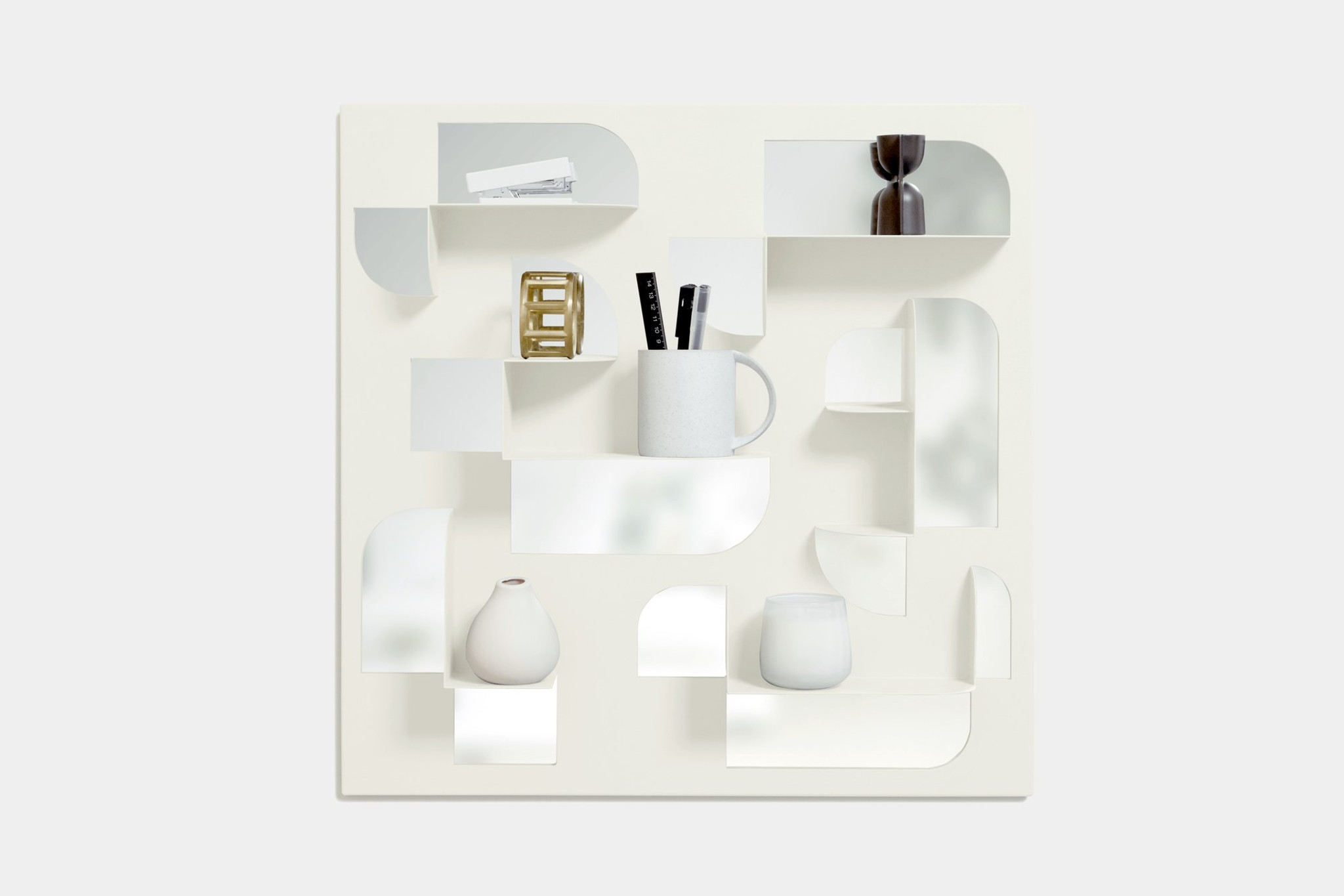 umbra BEND MIRROR WITH SHELVES wall hanging square mirror organizer