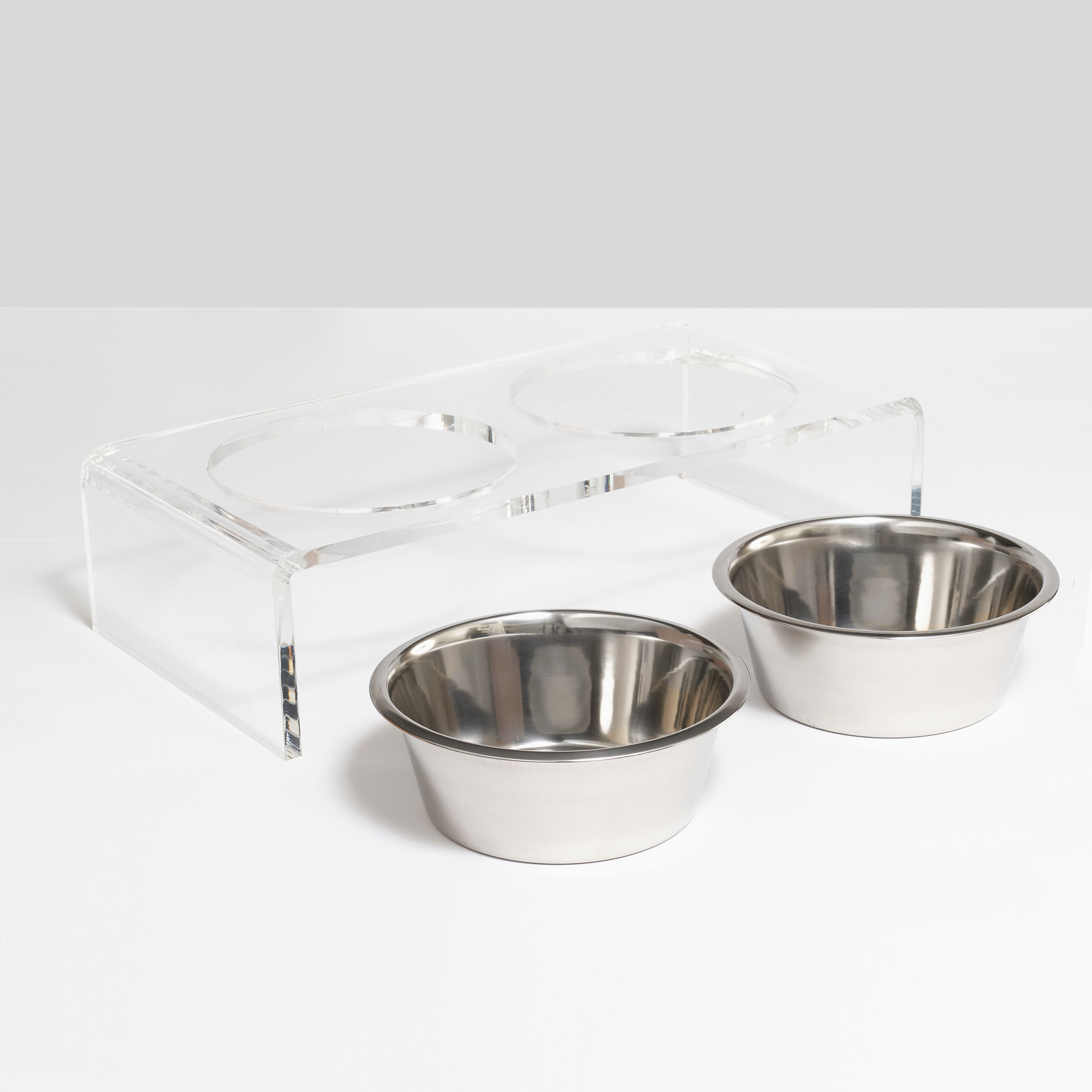 clear dog bowl stand lucite acrylic transparent plastic molded cheap raised dog bowl feeder set