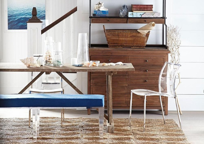 Keep it Cool with Clear Lucite Furniture