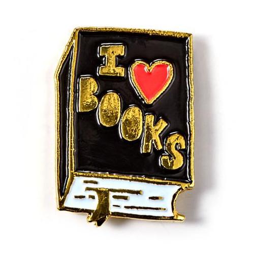 I Heart Books Enamel Badge