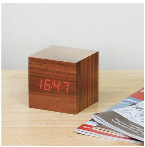 Cube Click Clock walnut / red led display