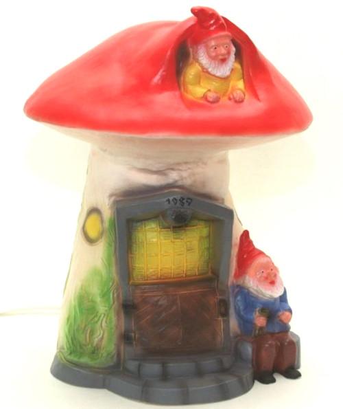 Siegfried & Gunther's Gnome Mushroom House Light