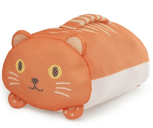 kikkerland handy cat laundry bag