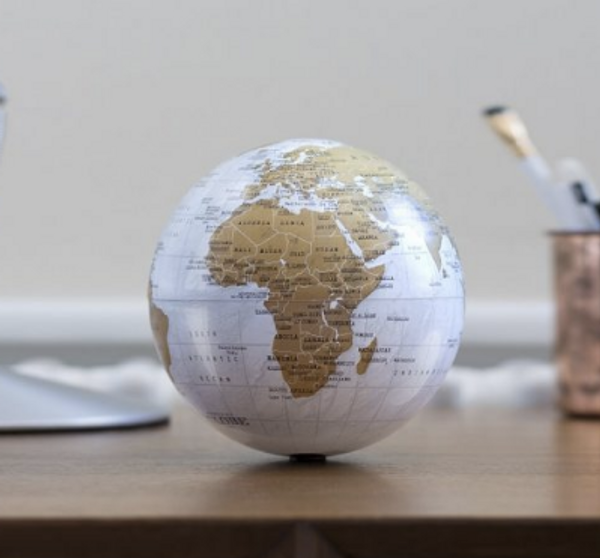 revolving globe2