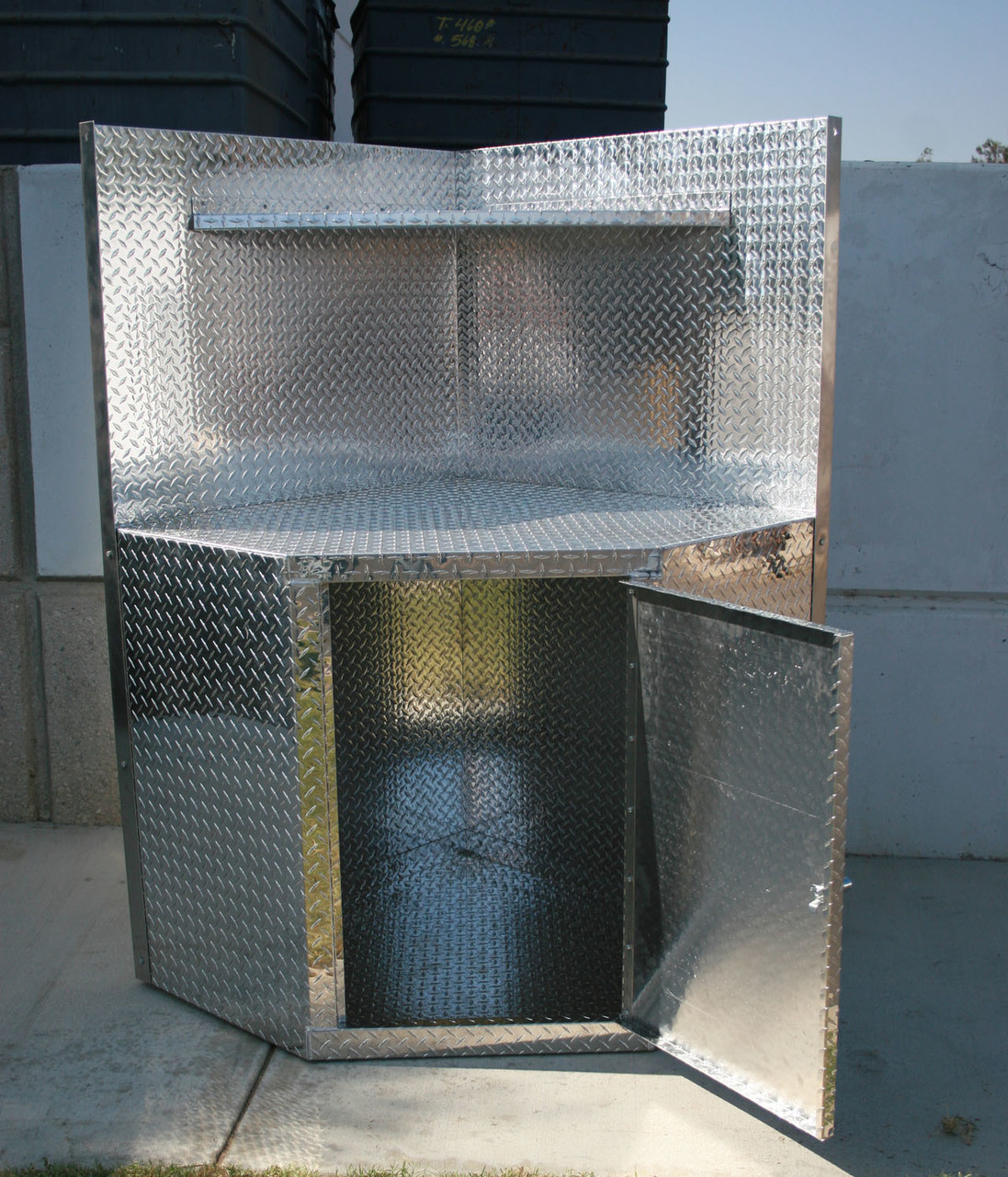 Diamond Plate Corner Cabinet with Open Door and Hutch Shelf