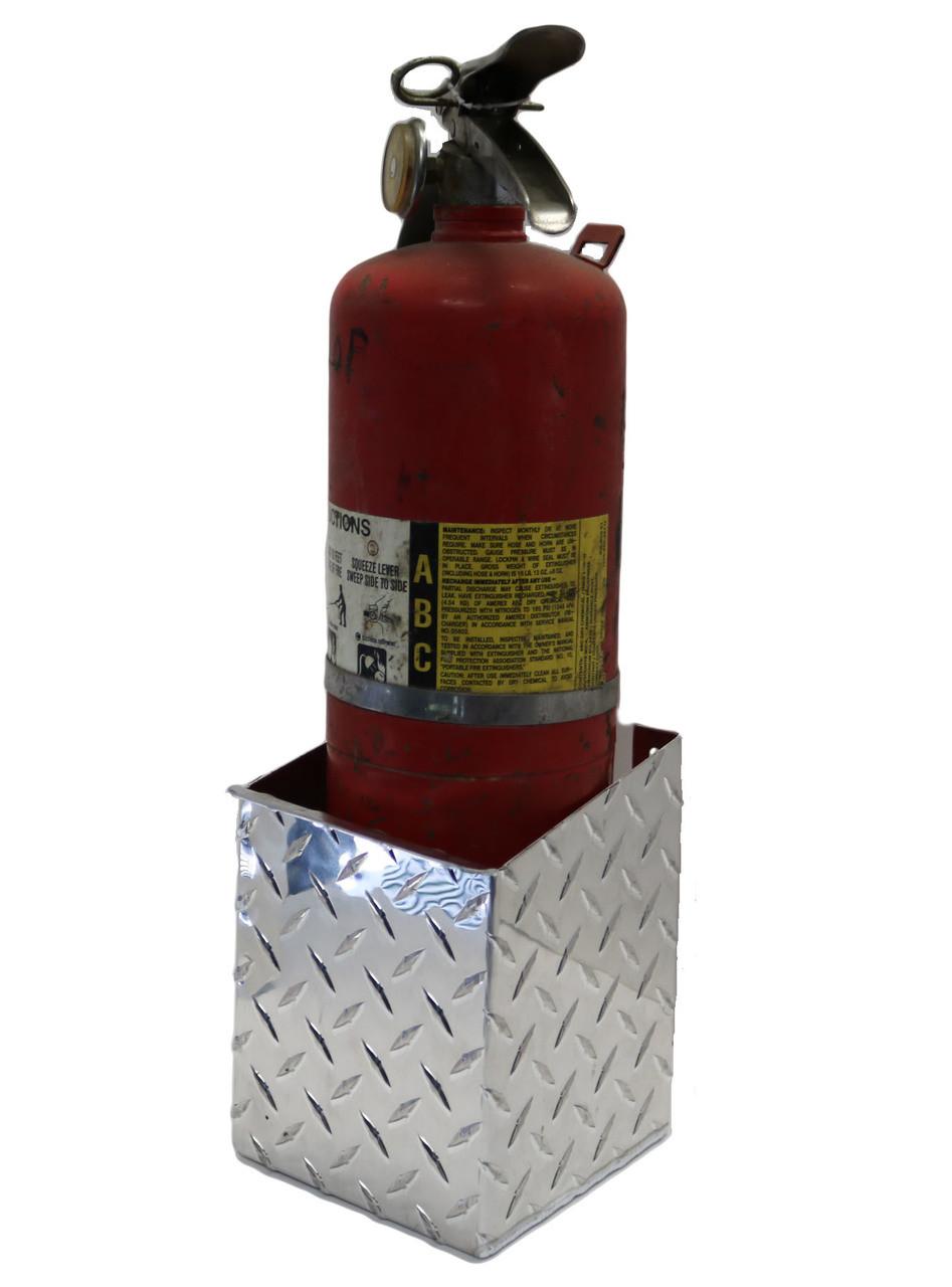 "Diamond Plate Fire Extinguisher, 6"""