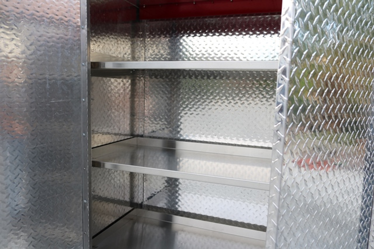 Diamond Plate Storage Locker Detail (Large Daytona)