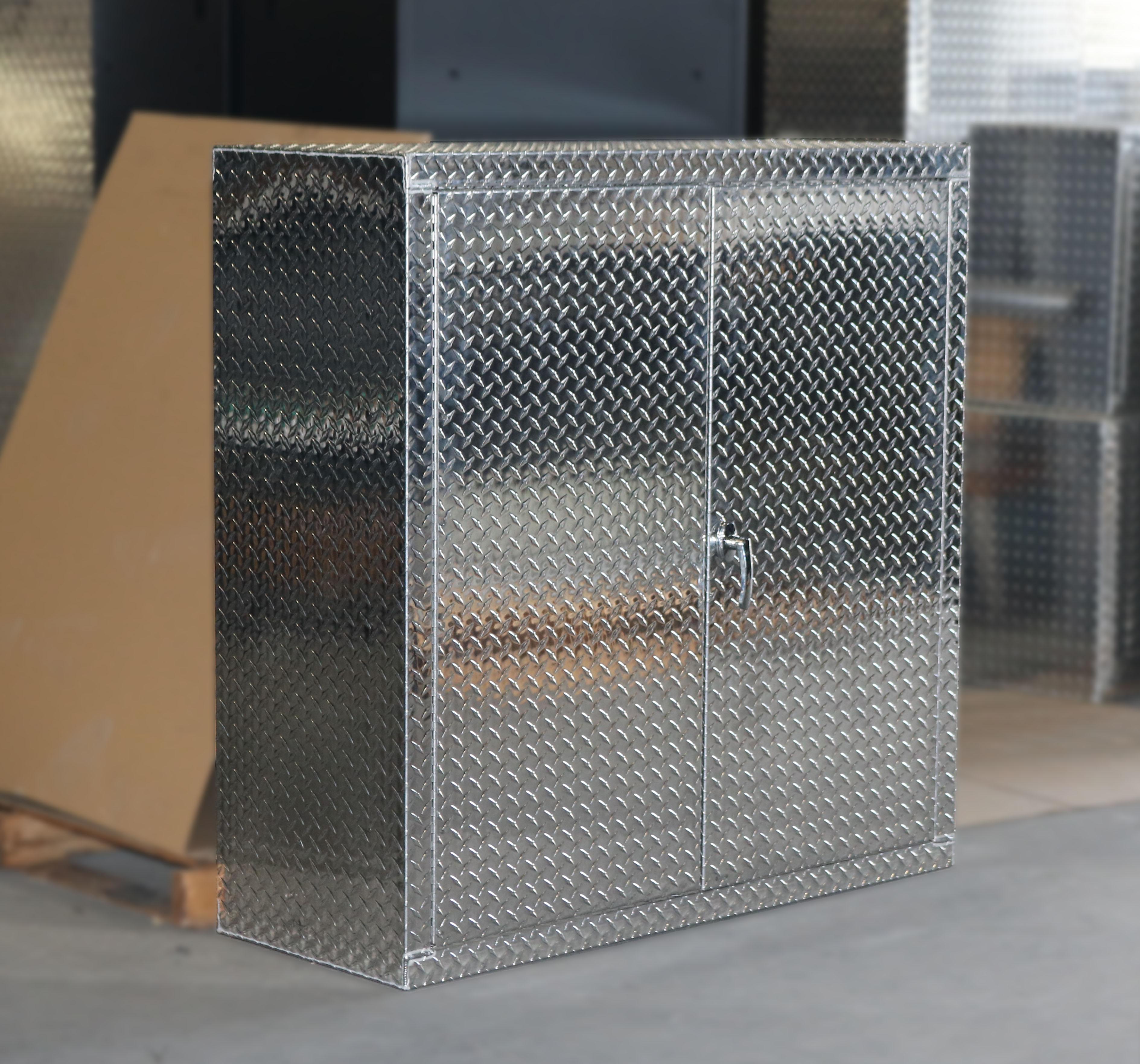 Diamond Plate 4 foot Storage Locker