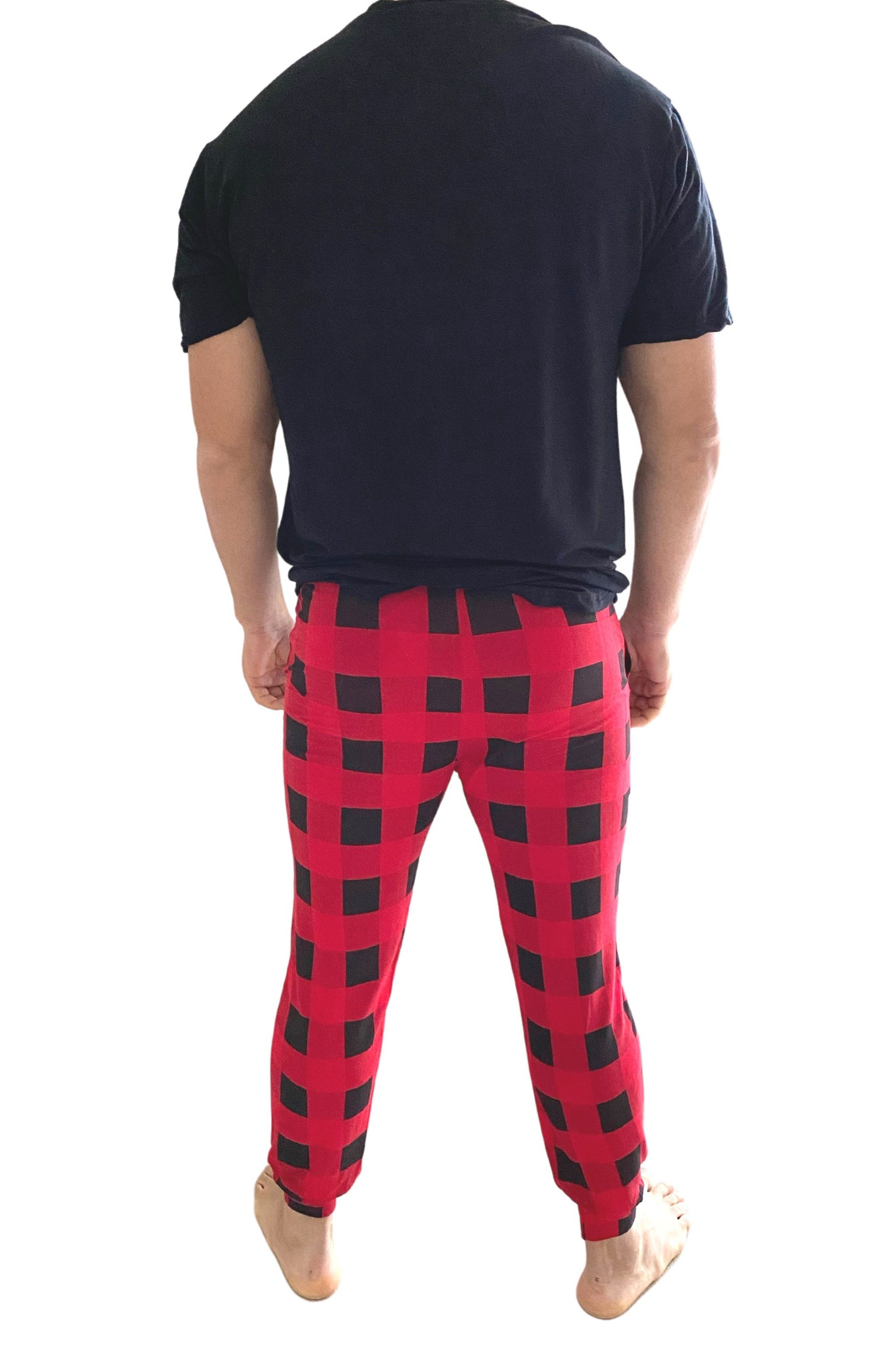 Cozy up in our exclusive buffalo check lounge collection for the whole family. Made from our signature buttery french terry that you know and love, get your hands on these sets while you can! This Mens set has a comfortable tapered pant, and a basic crew neck t-shirt.  Fits True to size - generous.  No need to size up.
