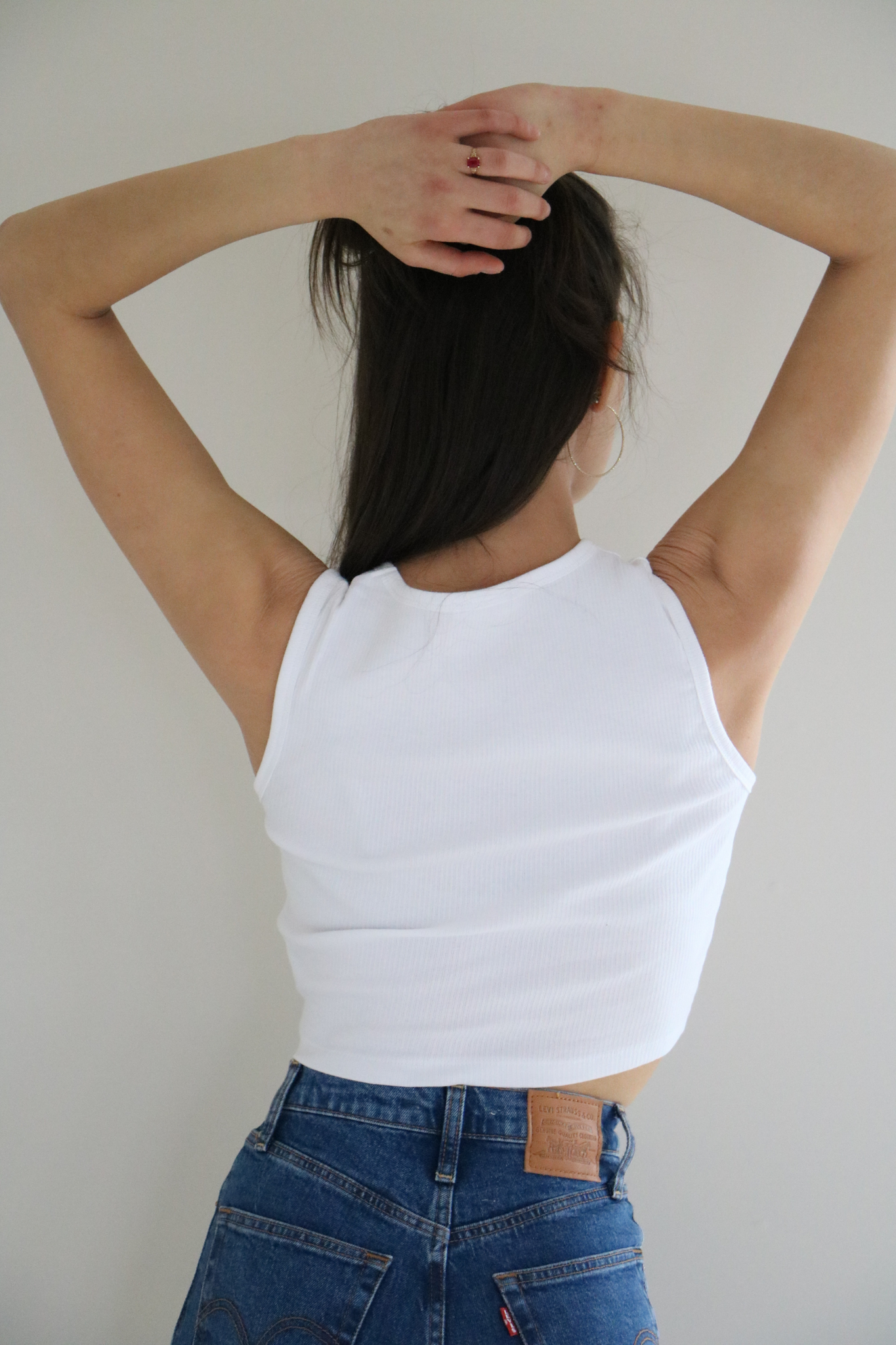 Sumac Cropped Athletic Sleeveless Lounger Top in White