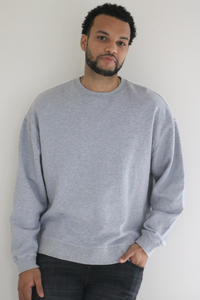 The Rory Pullover Crew in Heather Grey