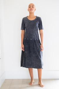 Darcy Short Sleeve Gathered Waist Maxi Dress in Black Acid