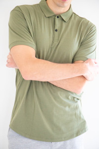 Collared Button Down Stretch Basic Polo in Moss