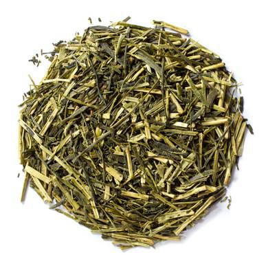 Pure Organic Green Kukicha Japanese Tea with pale yellow-green infusion